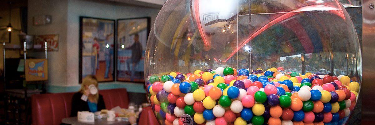 bubblegum machine in diner