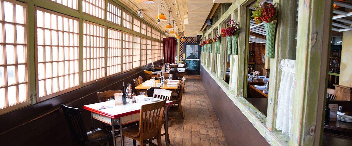 lago restaurant inside dining