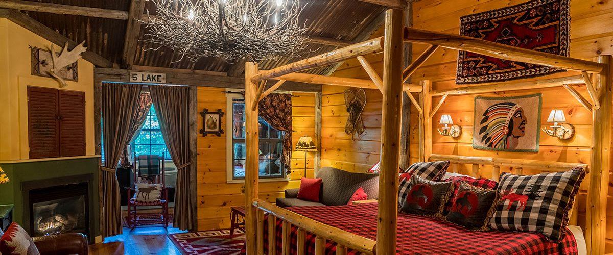 common man inn & spa guest room