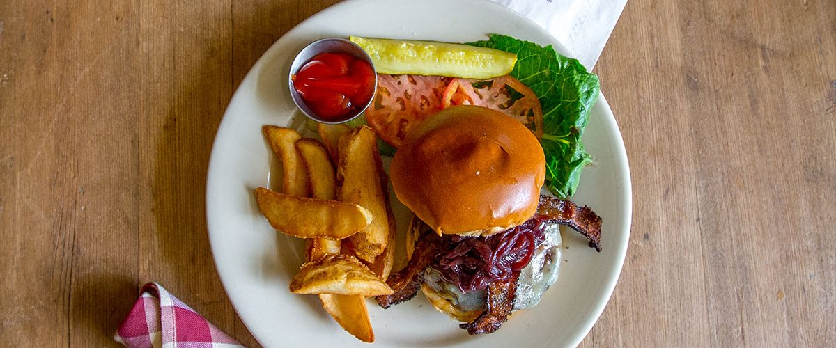 The Common Man - Entrees - Smokehouse Burger